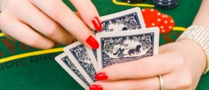 How to treat mood swings by playing poker games?