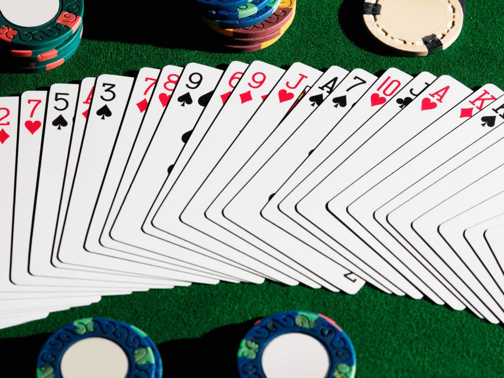 Try the online casino sites to enjoy money with entertainment
