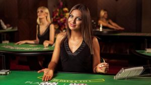 How and where should you play baccarat online?